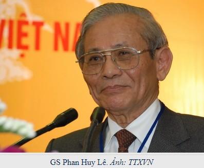 GS Phan Huy Le