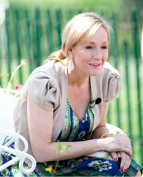 J.K.Rowling nu van si Anh viet Harry Potter