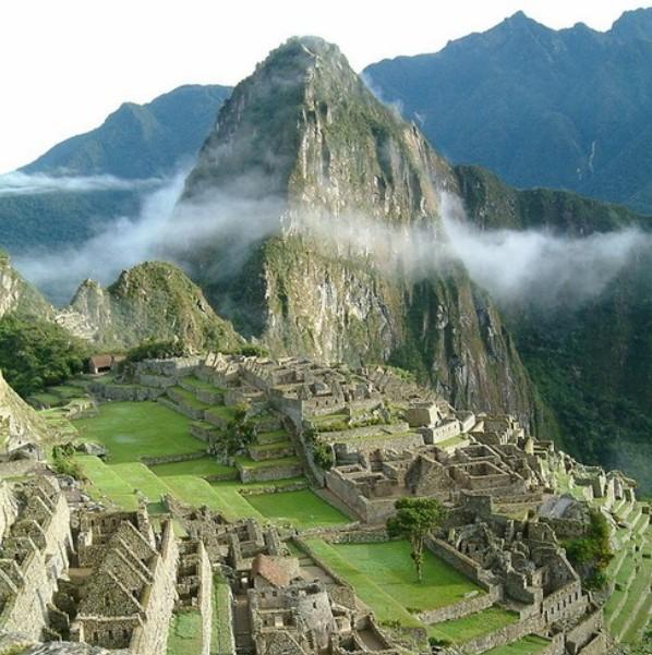 Peru Machu Picchu Sunrise